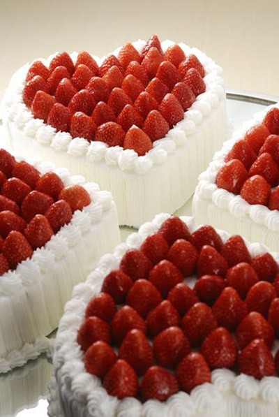 Best Valentine Cake Images : Celebrate Saint Valentine s Day in best Prague restaurants